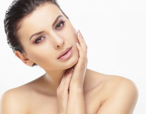 Cell therapy for a radiant skin
