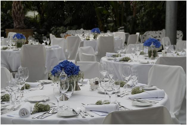 Seven budget-friendly wedding tips2