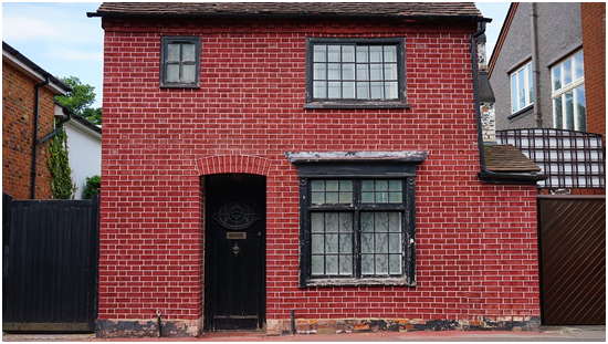 Why you should use brick cleaning services